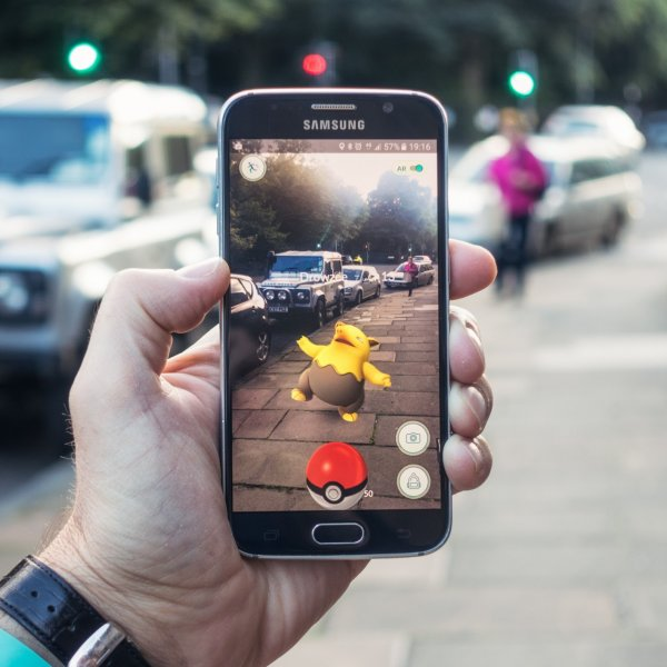 Street marketing games with Geolocation